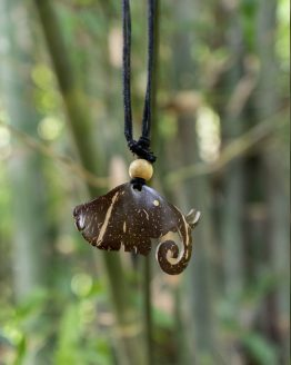 Coco Shell Elephant Head Necklace